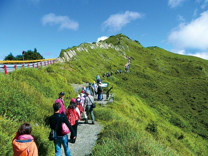 登百岳其實並非遙不可及,建議可從合歡群峰中最容易攀登的石門山挑戰起。(圖片來源:太魯閣國家公園官網)