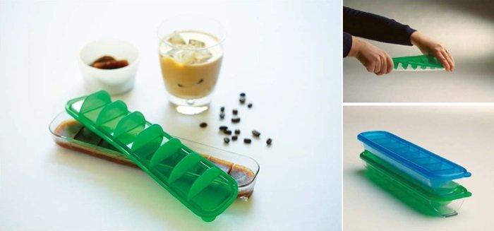 利用Qubies分裝盒將高湯、水果、咖啡等製成冰塊,方便使用和保存,還能調節份量。 Qubies分裝盒採Tritan材質,可左右扭轉取下冰塊;下方條板設計方便堆疊。(圖片來源:Baby City)