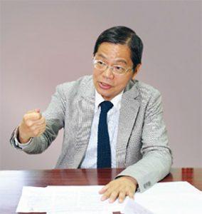 淡江大學歐洲研究所教授郭秋慶