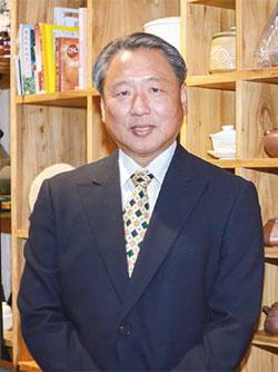 國際禮儀專家朱立安