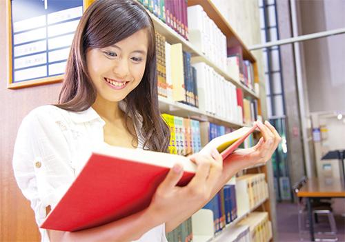 閱讀紙本書籍的專注力與思考力比閱讀電子書與網路更加深入