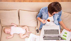 企業應設計彈性工時或在家上班制度